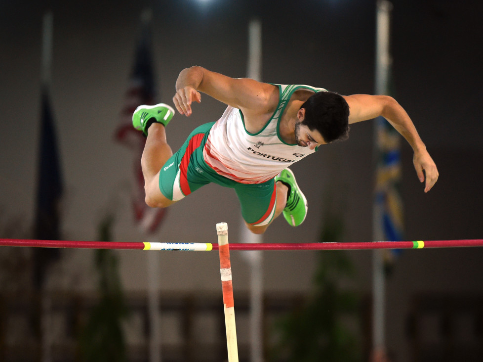 Portugal's' Samuel Remedios competes during the Pole Vault- Heptathlon at the IAAF World Indoor athletic championships in Portland, Oregon on March 19, 2016. / AFP / Mark Ralston