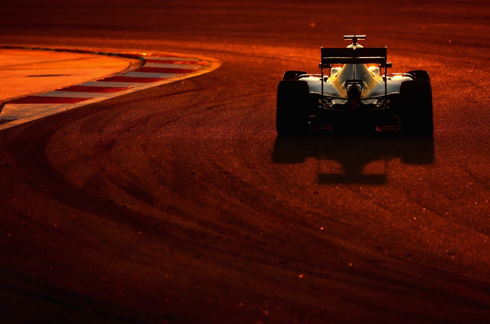 SAKHIR, BAHRAIN - APRIL 03: Lewis Hamilton of Great Britain drives the (44) Mercedes AMG Petronas F1 Team Mercedes F1 WO7 Mercedes PU106C Hybrid turbo on one of his installation laps before the Bahrain Formula One Grand Prix at Bahrain International Circuit on April 3, 2016 in Sakhir, Bahrain. (Photo by Clive Mason/Getty Images)