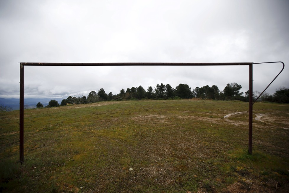 "An abandoned goalpost is seen on the outskirts of Povoa de Agracoes, near Chaves, Portugal April 19, 2016. In the villages of Agracoes and Povoa de Agracoe the steady drip-drip of emigration has brought down population numbers from more than 50 residents to fewer than a dozen each. These remaining villagers share the same glum acceptance that, after they have gone, their villages will die out too. It is the same desolate picture in scores of other backwater settlements in Portugal's interior, north to south. REUTERS/Rafael Marchante SEARCH ""ABANDONED PORTUGAL"" FOR THIS STORY. SEARCH ""THE WIDER IMAGE"" FOR ALL STORIES"