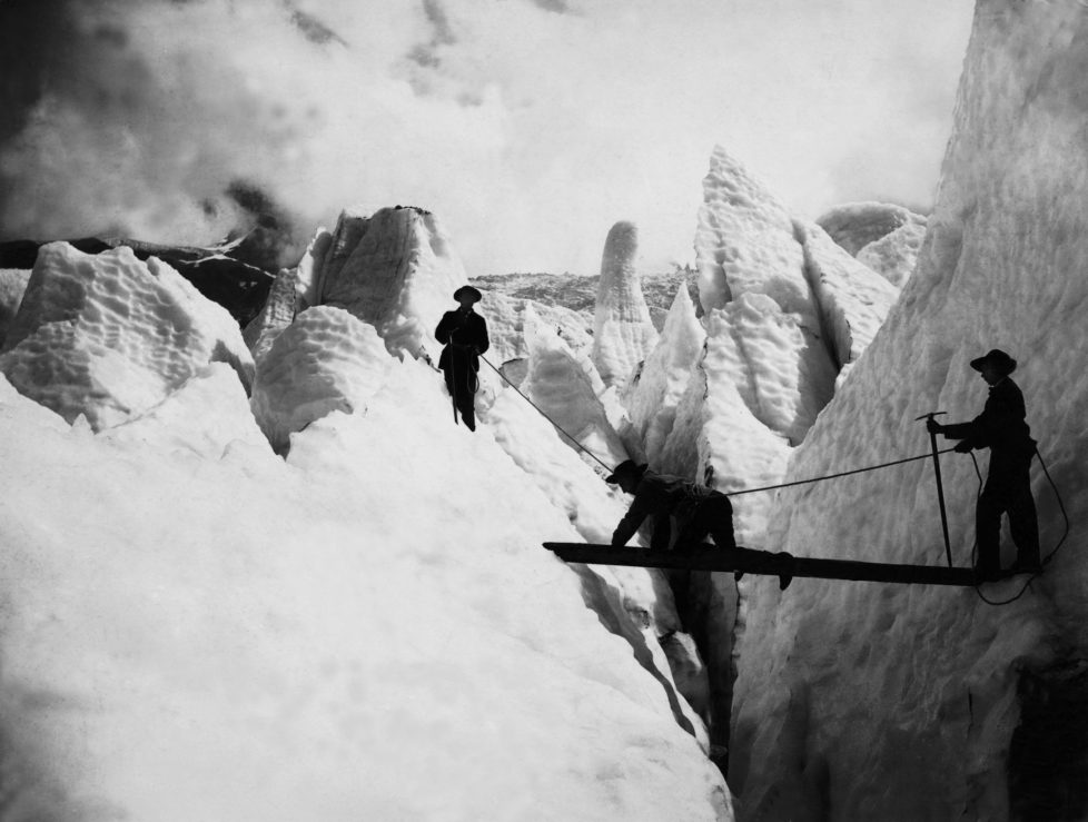 Mountaineering in Switzerland, circa 1910. (Photo by Popperfoto/Getty Images)
